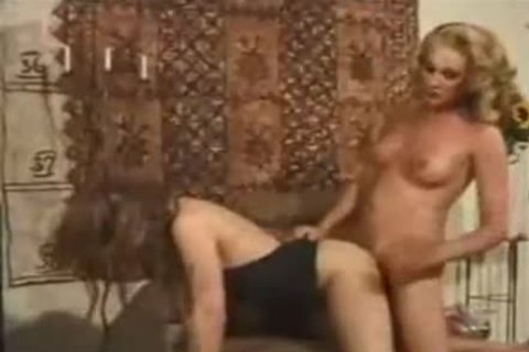 Vintage blonde TS sucked By Randy gal